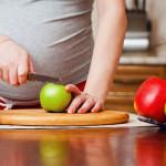 Как правильно питаться беременной женщине?