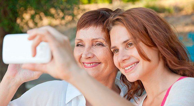 Виды отношений между матерью и взрослой дочерью