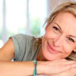 8 ошибок, которые мешают женщинам выглядеть молодо