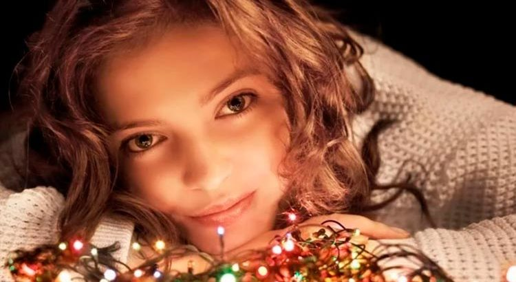 """Новый год и одинокая женщина: как пережить это """"испытание"""""""