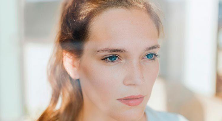 6 приёмов макияжа, чтобы выглядеть свежей и отдохнувшей