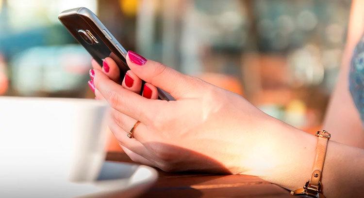 Как укрепить ломкие ногти в домашних условиях