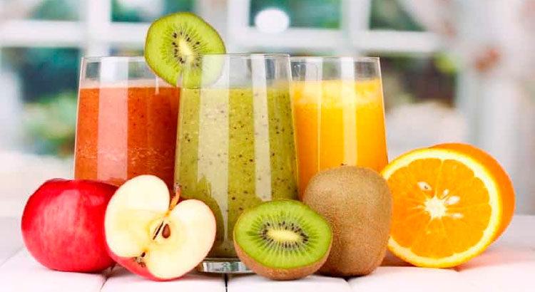 Польза и вред свежевыжатых соков