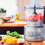 Кухонный комбайн: насадки, функции и лучшие блюда