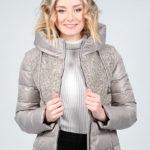 Женская куртка – идеальный выбор в период межсезонья