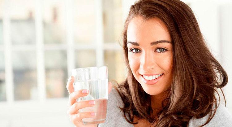 Какие изменения произойдут в организме, если по утрам пить стакан воды