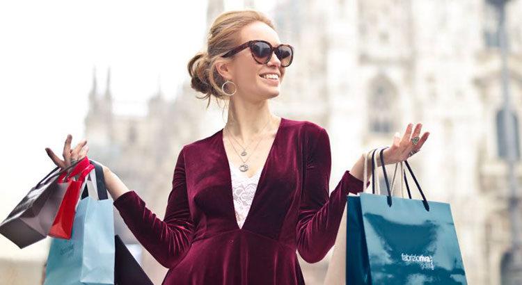 Где выгодно купить одежду известных брендов