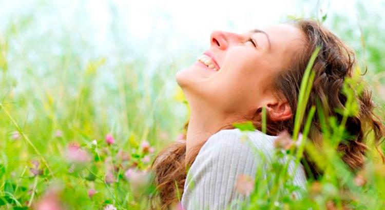 Быть счастливой здесь и сейчас. Почему это так важно?