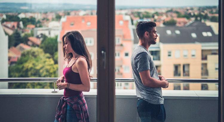 11 неочевидных признаков, что вы не нужны мужчине для серьезных отношений