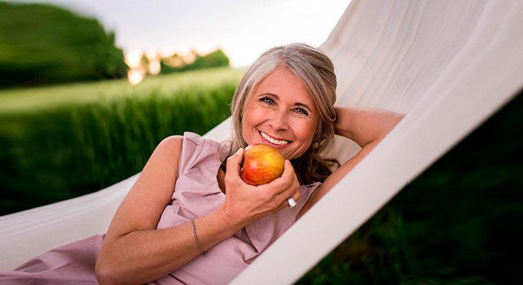 Какие витамины и минералы следует принимать женщине, чтобы быть здоровой