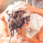 Как правильно мыть голову: 5 правил для красивых волос