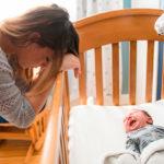 Что такое послеродовая депрессия? Как побороть?