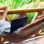 Забыть о работе: 5 правил, которые помогут с головой окунуться в отпуск