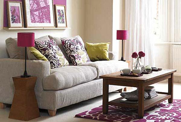 Декоративные диванные подушки
