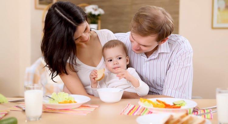 Питание детей: как не навредить малышу?