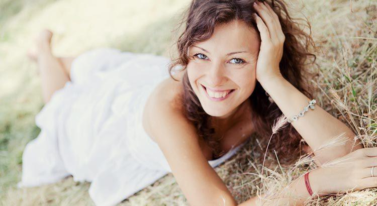 Стереотипы женского счастья: всегда ли они оправданы?