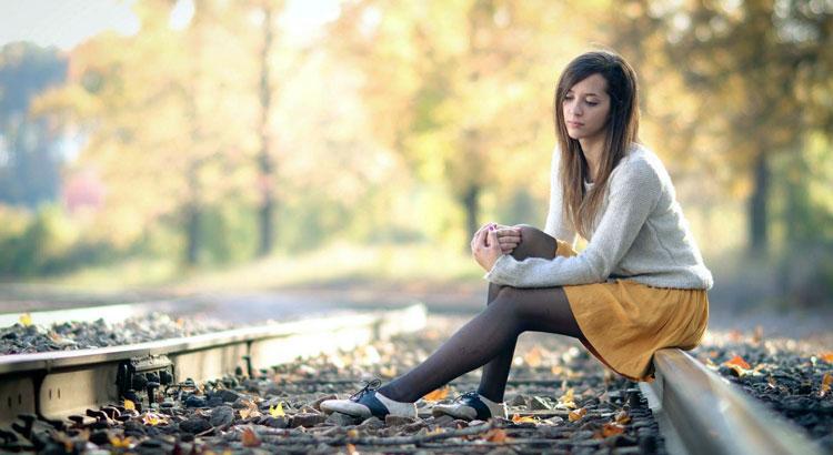 Как побороть страх одиночества? 10 советов психологов