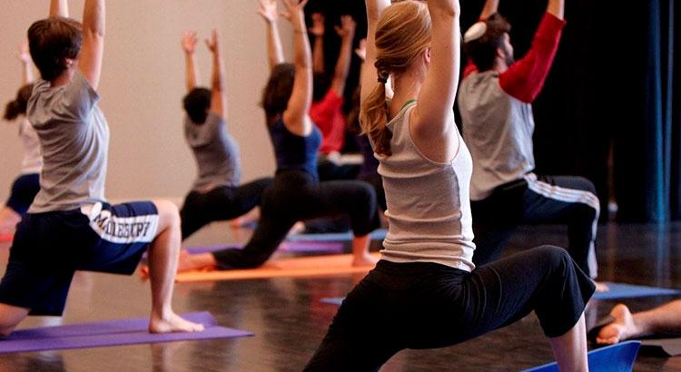 8 причин отправиться в студию йоги