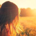 Каким должен быть уход за волосами летом?