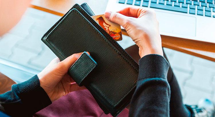Как правильно экономить деньги, оставаясь при этом счастливым