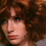 Как привести в порядок «пушистые» волосы